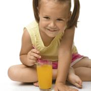zumo de naranja vitaminas